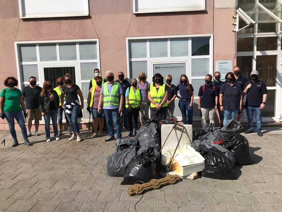 Dudweiler sammelt Müll - (Saarland)